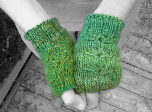 Green fingerless mitts