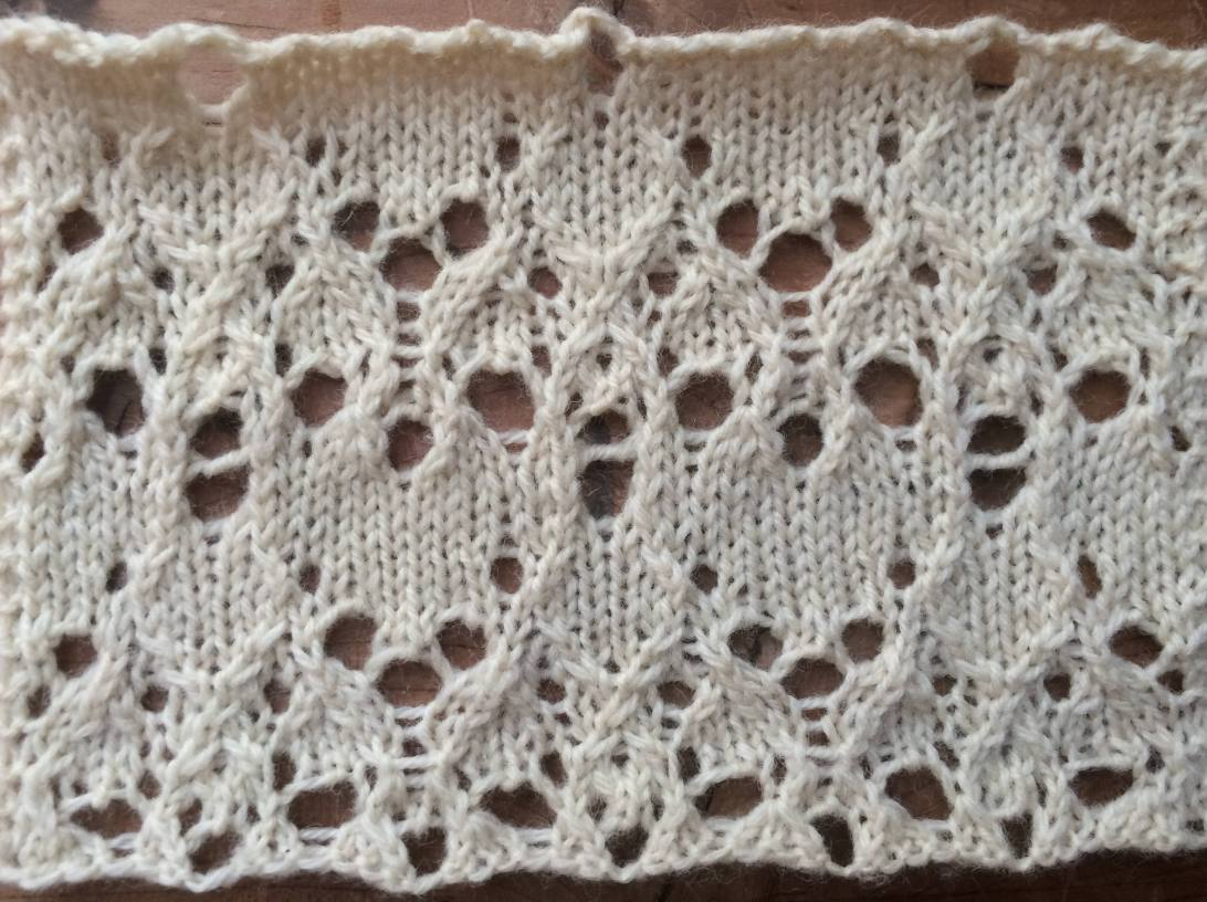 Equinox encoded as lace (free stitch pattern)