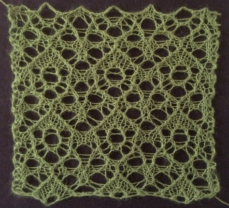 Fruitbat: a free lace knitting stitch pattern
