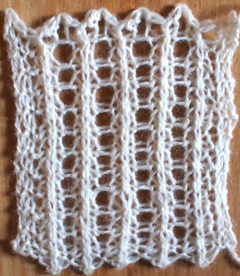 Doubles: a free knitting stitch pattern.