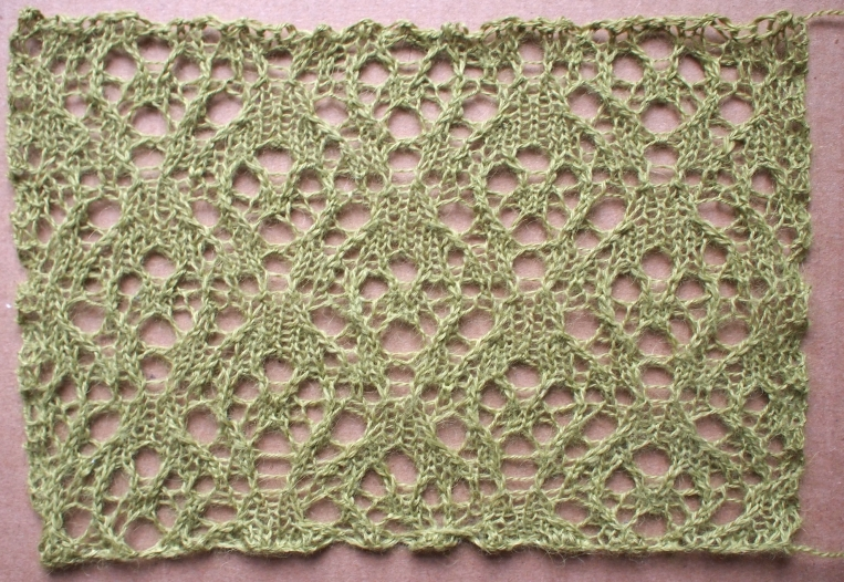 Journey: a free lace knitting stitch pattern by Naomi Parkhurst