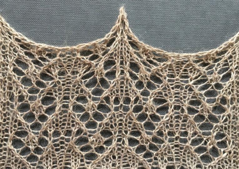 Wish: a free lace knitting stitch pattern, by Naomi Parkhurst