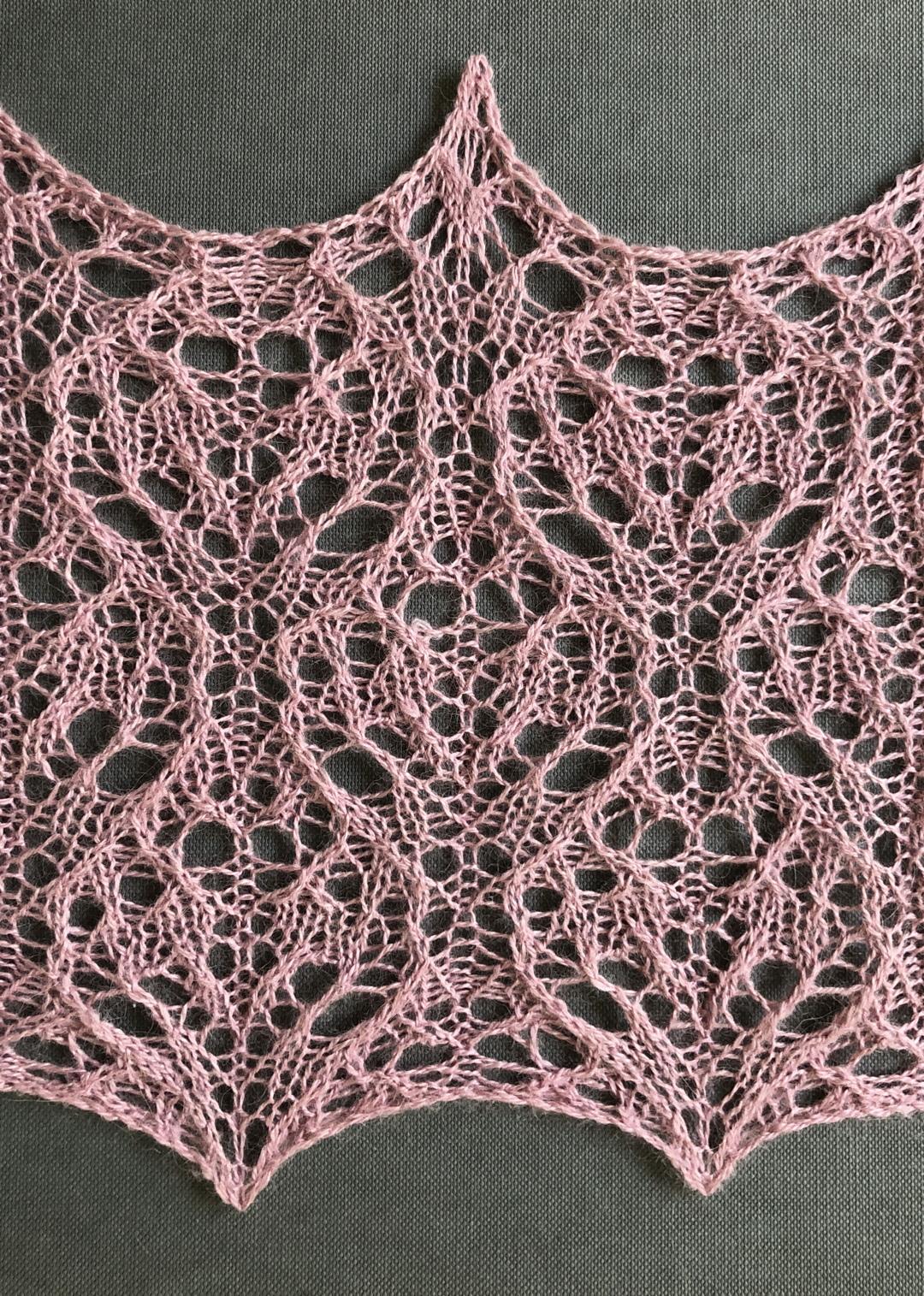Sweetheart: a free lace knitting stitch pattern – String Geekery