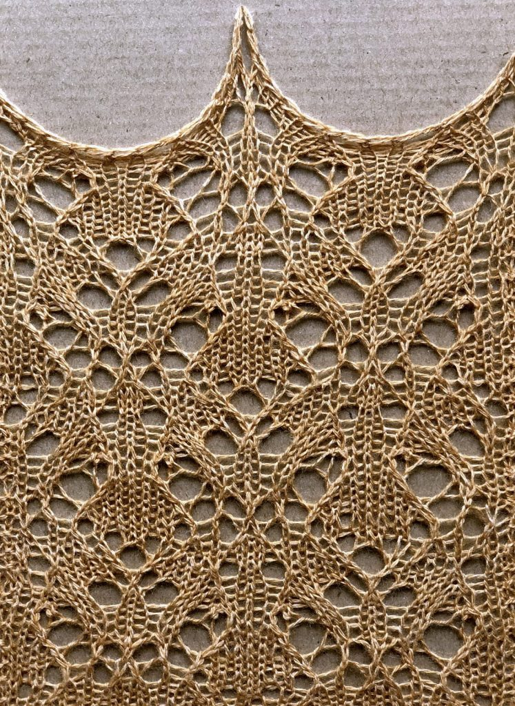 Synergy: a free lace knitting stitch pattern, by Naomi Parkhurst. (photo of swatch)