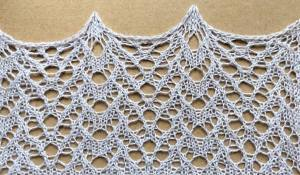 Lucky: a free lace knitting stitch pattern by Naomi Parkhurst