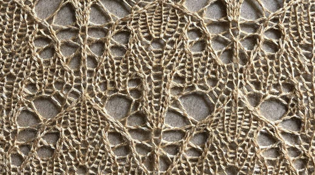 Plangent: a free lace knitting stitch pattern, by Naomi Parkhurst