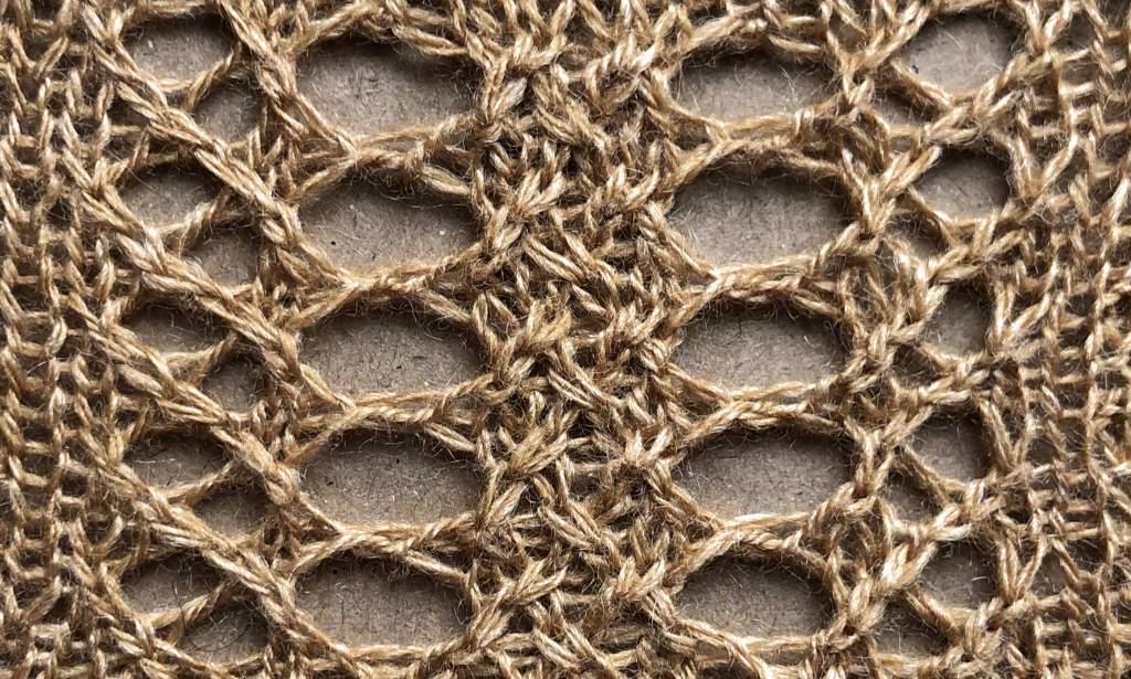 2019: a free lace knitting stitch pattern, by Naomi Parkhurst