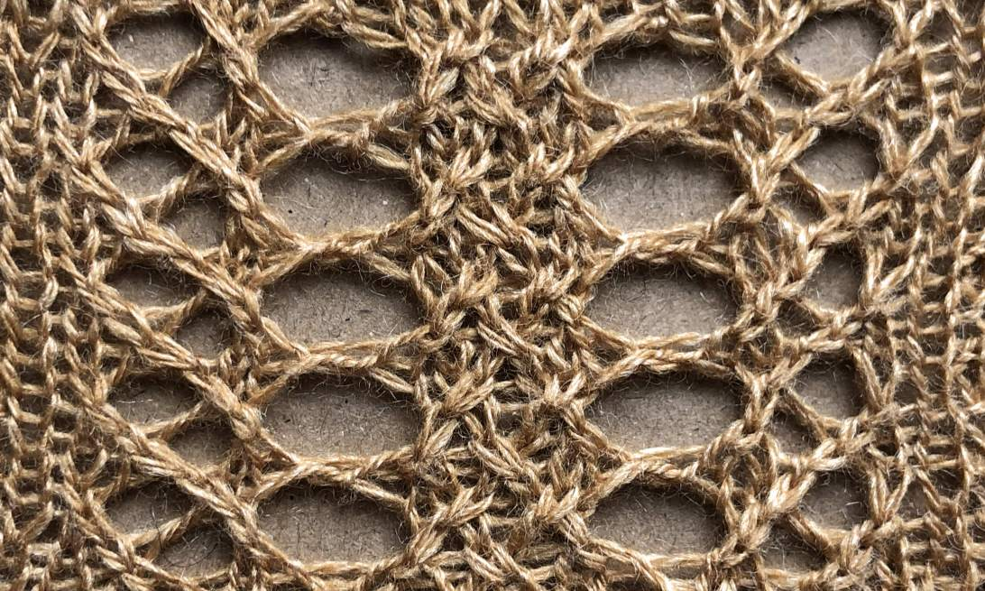 2019: a free lace knitting stitch pattern, by Naomi Parkhurst