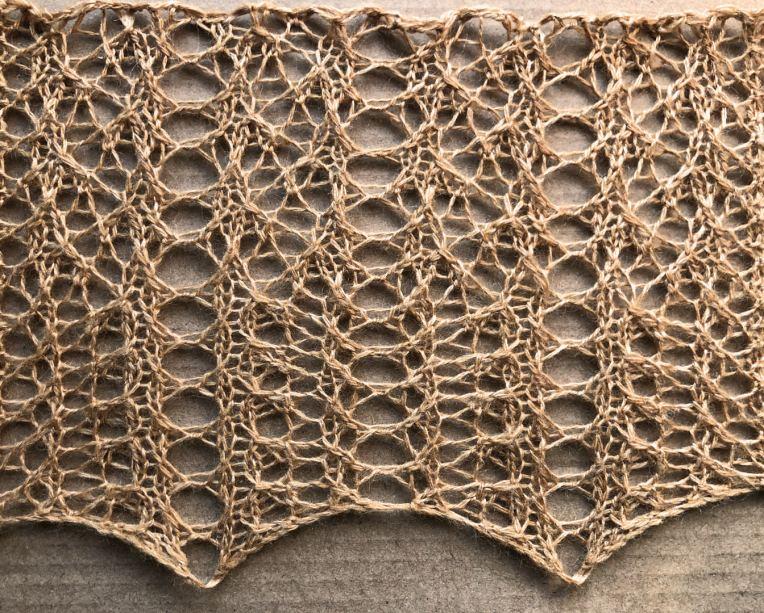 Dog: a free lace knitting stitch pattern, by Naomi Parkhurst