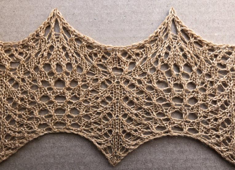Light: a free lace knitting stitch pattern, by Naomi Parkhurst