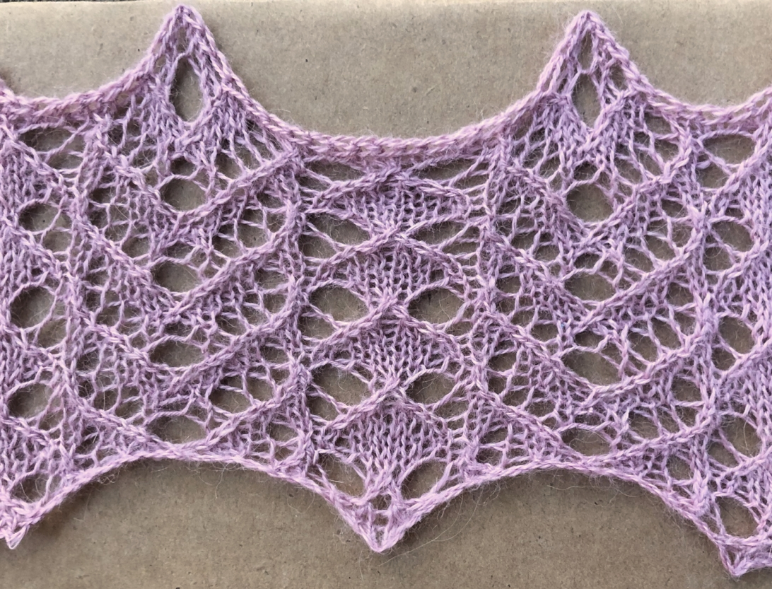 Tulip: a free lace knitting stitch pattern, by Naomi Parkhurst