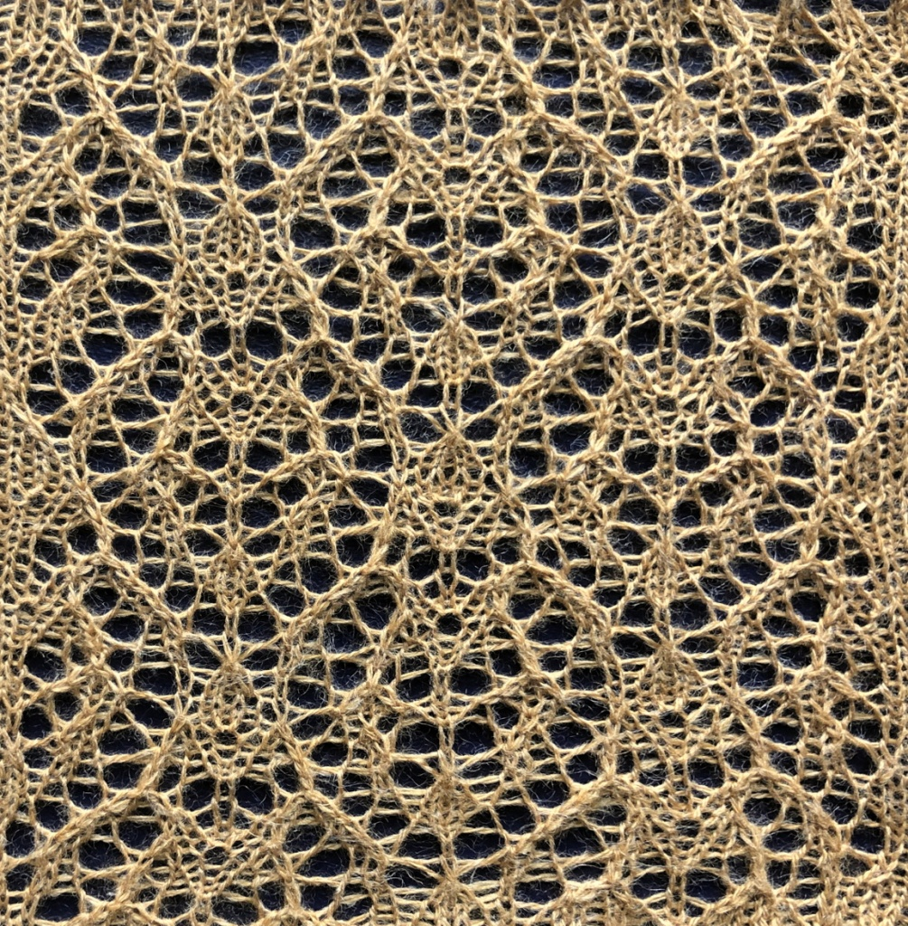 Union: a free lace knitting stitch pattern, by Naomi Parkhurst