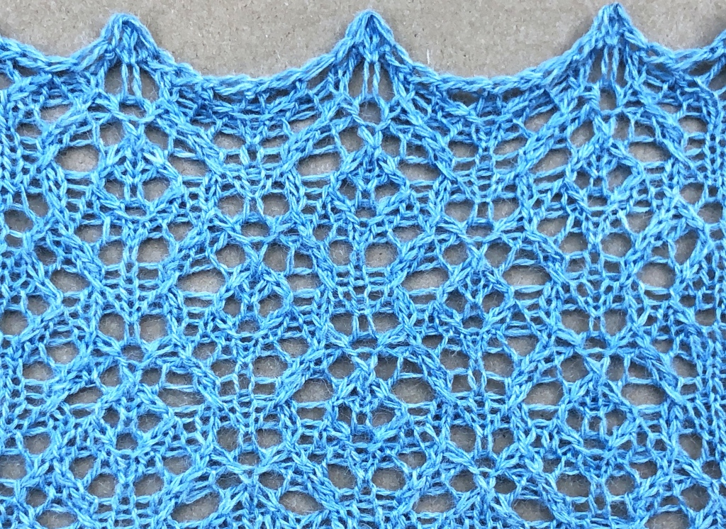 Knitted lace swatch for Jump
