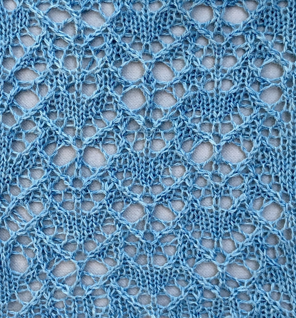 knitted sample of Sister lace