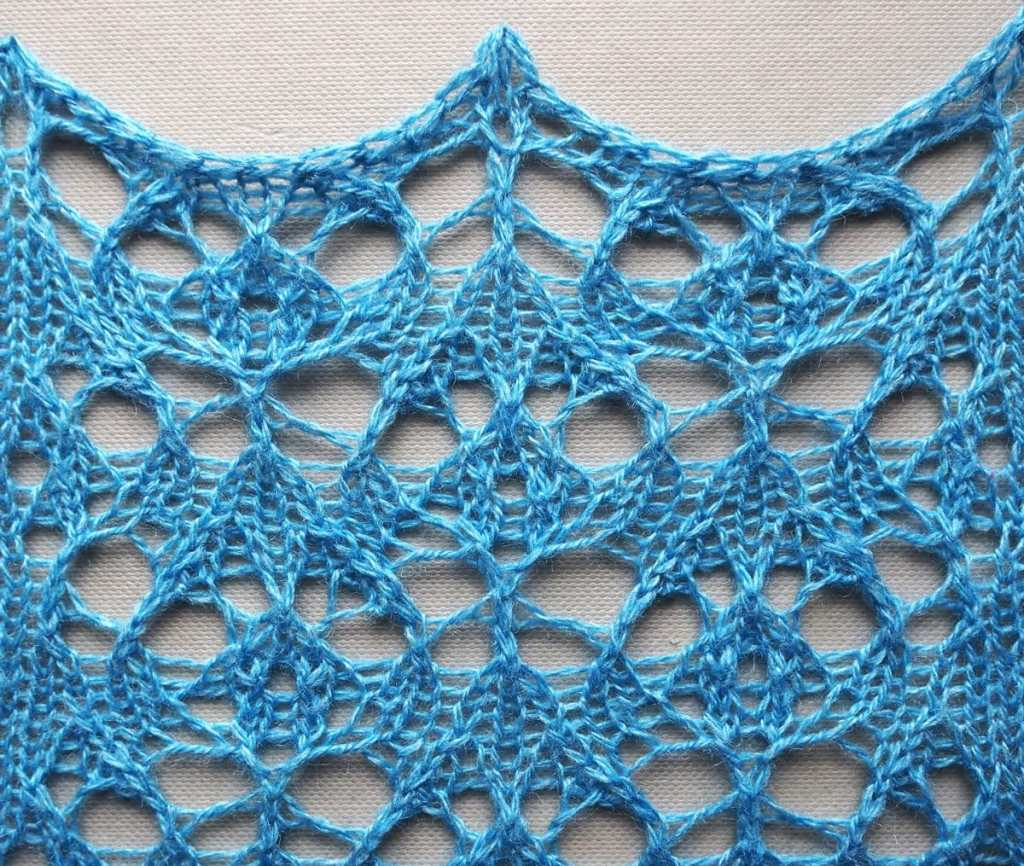 knitted sample of Haven lace